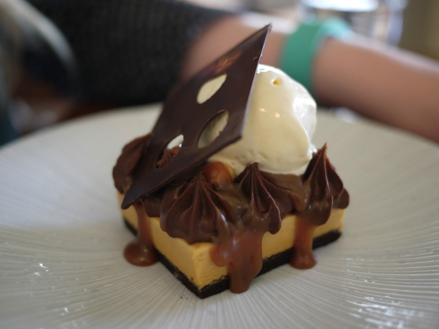 Snickers Dessert